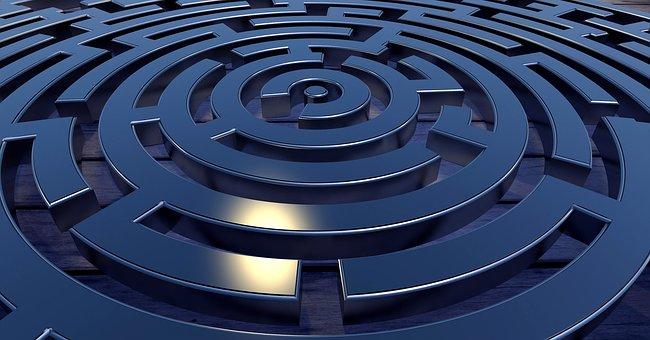 labyrinth-2037286__340
